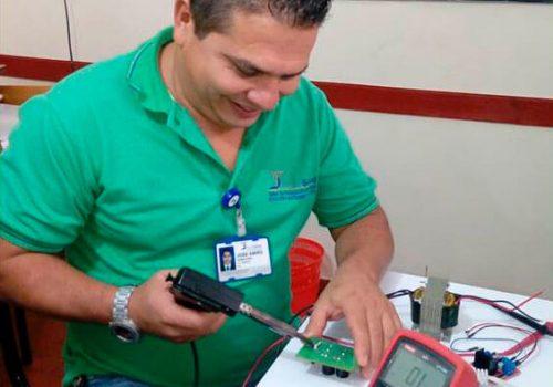 Reparación-y-mantenimiento-equipos (1)